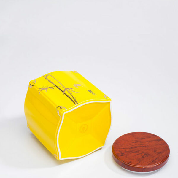 Ceramic tea jars with wooden lid
